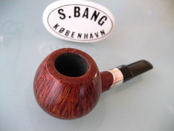 051e3ac769c7ba8c2e2a4a0ecd49835e--estate-pipes-smoking-pipes